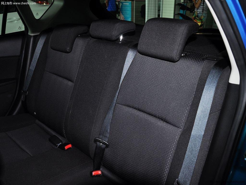 晴空蓝马自达3星骋 2013款 两厢 1.6 自动精英型车厢座椅高清图片 33 高清图片