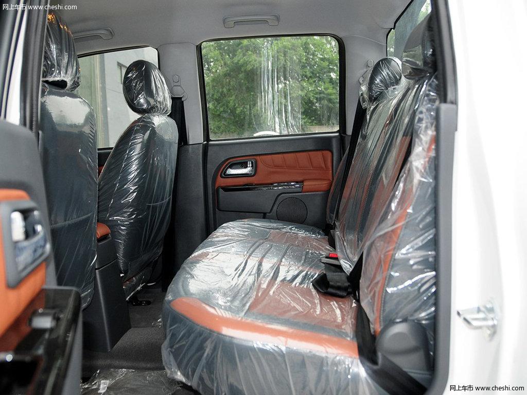 2013款 风骏5车厢座椅图片