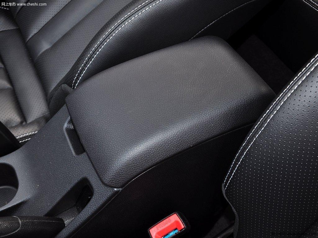 炫红v6 菱仕 2014款 1.5t 手动智控版车厢座椅高清图片 1
