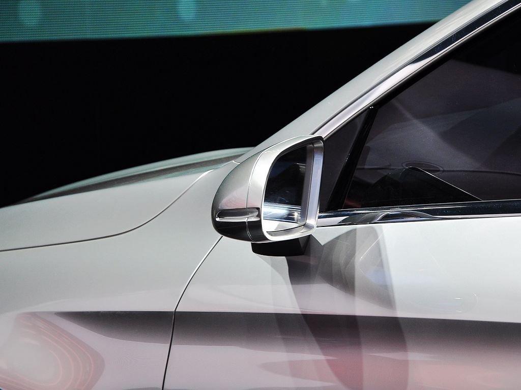 【Coupe SUV原图展示1142650X1142650-奔驰Coupe SUV图片大全高清图片