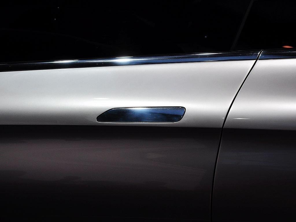 【Coupe SUV原图展示1142652X1142652-奔驰Coupe SUV图片大全高清图片