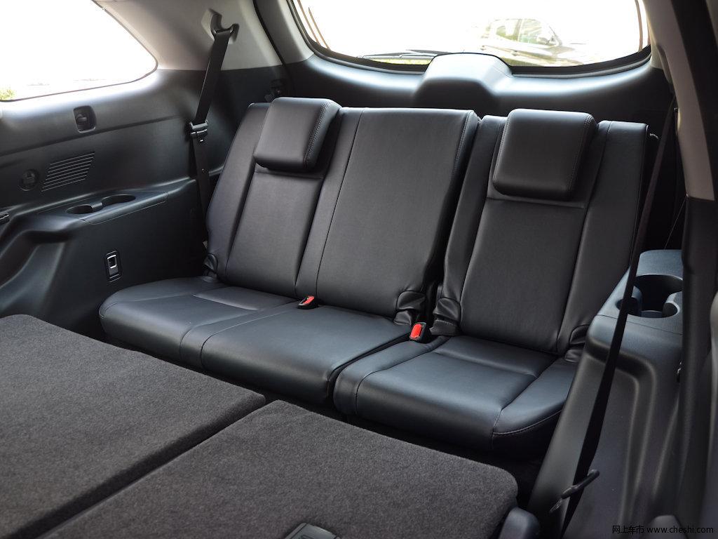 汉兰达 2017款 2.0t四驱豪华版 7座座椅空间图片(26/)