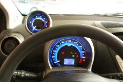2009款1.0L 手动旗舰型
