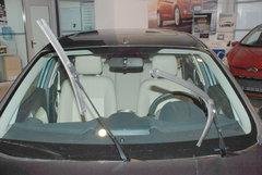 2010款 三厢 1.5L 自动 光芒限定版