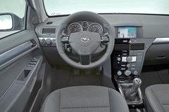 2010款 1.8L 自动 GTC全景风挡版