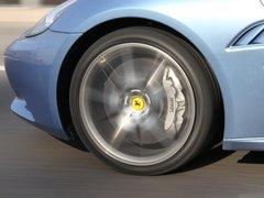法拉利California 4.3 V8