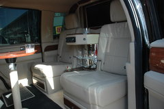 2010款 5.4L 自动 AWD 7座