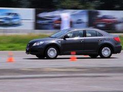 2010款 2.4 CVT 两驱豪华型