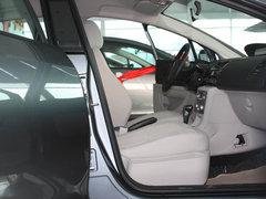 2011款 三厢 1.6L 自动 舒适型