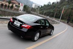 2011款 M25 2.5L 自动 舒适版