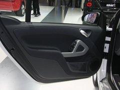 2011款 1.0L AMT 硬顶标准版