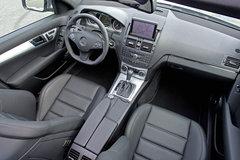 2010款 C63 6.2L AMG 动感型增强版