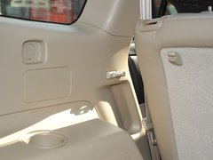 2009款 2.7L 自动 两驱豪华版