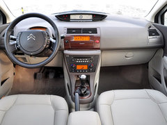 2010款 2.0L 自动 科技版