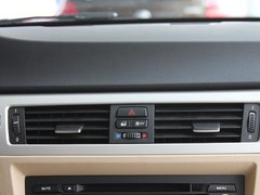 2011款 318i 2.0L 自动领先型