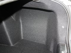 2011款 三厢 1.6L 自动 冠军版