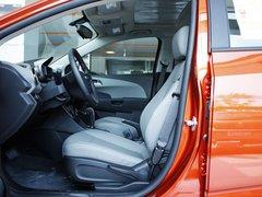 雪佛兰  爱唯欧两厢 1.6 SX AT 驾驶席座椅正视图