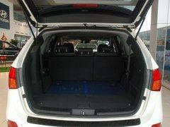 2009款3.8L 自动5座豪华版