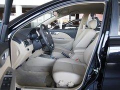 别克  凯越 1.6 LX AT 驾驶席座椅正视图