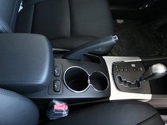 2011款 2.0T 自动 两驱豪华导航版 5座