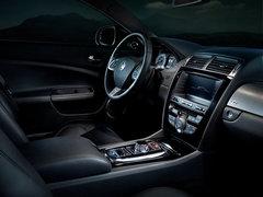 2012款 5.0 自动 机械增压硬顶跑车