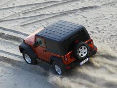 2012款 3.6L 两门版撒哈拉 4座