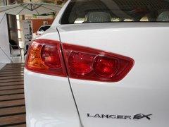 2012款 1.8L 手动 贺岁版舒适型5座