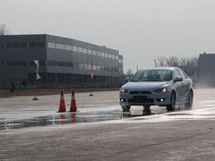 2012款 1.8L CVT 贺岁版舒适型5座