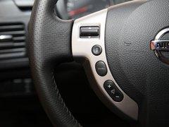 东风日产  奇骏 2.5 CVT 4WD 方向盘左侧