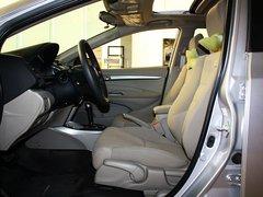 广汽本田  锋范 1.5L AT 驾驶席座椅正视图