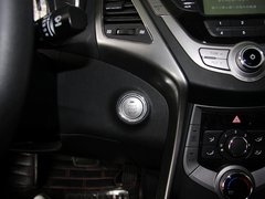 2012款 1.6L 自动 领先型