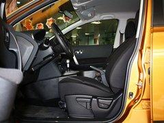 东风日产  逍客 2.0L CVT 驾驶席座椅正视图