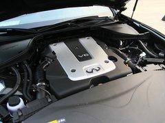 2012款 M25L 2.5L 自动 奢华版
