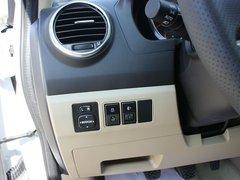 2012款 2.4L 手动 两驱精英型 5座