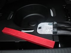 2012款 3.0L 自动 V6 Royal Saloon