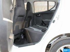2013款1.0L 自动豪华型
