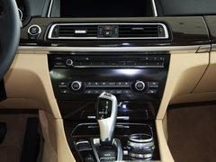 2013款 740Li 3.0T 豪华型