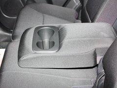 2013款 2.4L 自动 舒适版 7座
