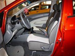 雪佛兰  赛欧 1.4L MT 驾驶席座椅正视图