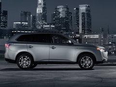 20132.4L CVT四驱精英GT版 7座