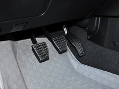 2013款1.5L 手动两厢 精英型