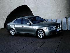 2004款 545i 4.4L