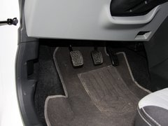 2013款1.0L 手动舒适型