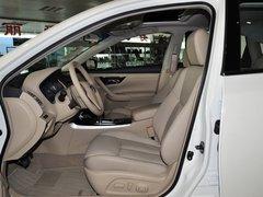 东风日产  2.5L CVT 驾驶席座椅正视图