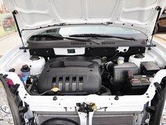 2013款2.0L 手动两驱经典版 5座