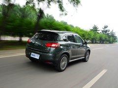 2013款2.0L CVT四驱豪华型5座