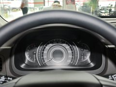 2013款 2.0L 自动 两驱经典版