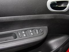 2013款 1.6L 自动 两厢CROSS版
