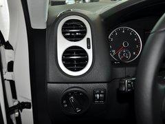 2013款2.0TSI 自动四驱豪华版 5座