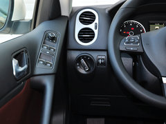 2013款1.8TSI 自动两驱豪华型 5座